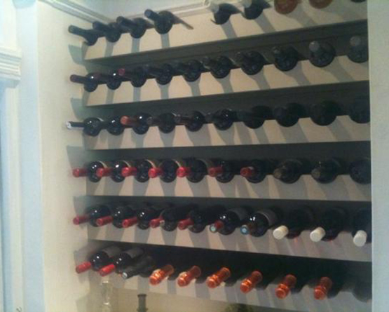 Wine shelves joinery