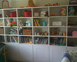 Children room shelves installation